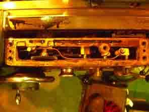 旋盤押しコップ等自動送り装置(汎用製品)機械