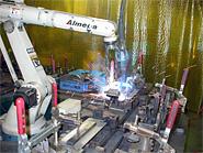 レーザーパンチャー・ロボット溶接で無人省力化を実現