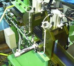 重量を測定し測定結果によりワークを仕分ける専用機の設計製作をしました。