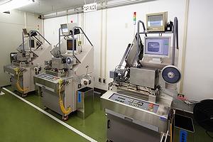 藤堂製作所 TTI-1500D TRAY対応エンボステーピング装置