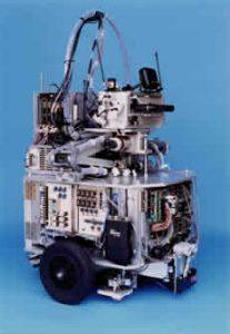 CCDカメラ搭載自走ロボット