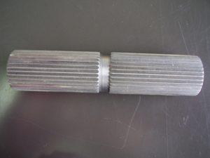 横型ブローチ・スプライン加工-写真1