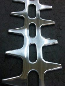 鉄(炭素鋼)のバフ研磨