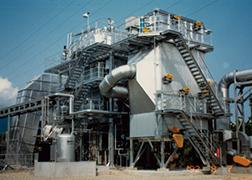 排ガス中に浮遊する微細なダストを荷電させ、静電気力によりダストを分離捕集する装置です。